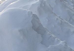В Черниговской области под тяжестью снега обвалилась крыша школы