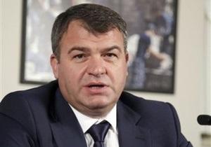 Против Сердюкова возбуждают уголовное дело