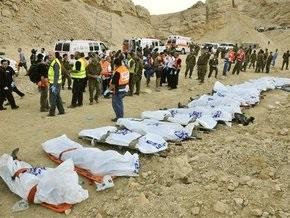 Число жертв аварии в Израиле возросло до 30 человек