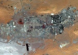 Террористы продолжают удерживать заложников на заводе в Алжире. Боевики Аль-Каиды угрожают новыми терактами