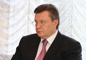 Янукович сократил визит в Японию из-за взрывов в Макеевке