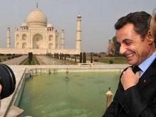 Саркози не взял возлюбленную в Индию