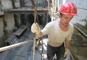 Киевские власти планируют начать строительство метро на Троещину через год