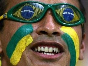 В знаменитом карнавале в Рио примет участие космонавт в настоящем скафандре