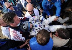 Трое космонавтов вернулись на Землю с МКС