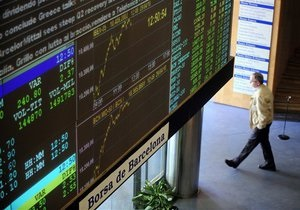 Несмотря на пятничный рост, украинский фондовый рынок завершил неделю обвалом