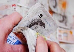 Доллар вырос, фунт стерлингов установил максимум