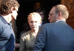 Суд не разрешил Власенко и двум американским адвокатам защищать Тимошенко