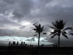 К Филиппинам приближается новый мощный тайфун