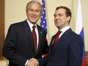Медведев: РФ ответит на ПРО, если шаги США будут неприемлемы