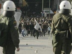 Каждый третий грек оправдывает действия анархистов