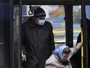 В крымских аэропортах и на вокзалах усилен противоэпидемический режим