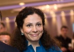 Опора: Сестра Левочкина начала в Крыму предвыборную кампанию за бюджетные деньги