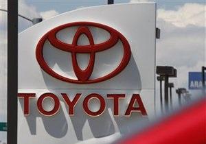 Продажи автомобилей Toyota упали в прошлом году на 7%