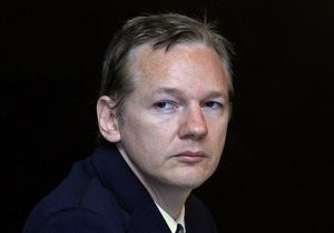 Разыскиваемый Интерполом основатель WikiLeaks дал интервью журналу Time