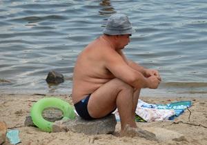 Синоптики: В этом году вода в Днепре будет рекордно теплой  до октября