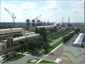 Кабмин рекомендовал снизить цену на газ для приостановившего производство завода Фирташа