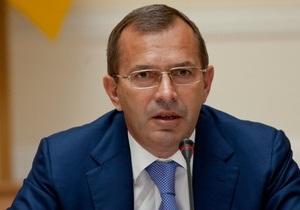 Клюев на время выборов ушел в отпуск