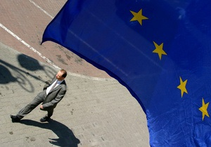 Польский МИД: Евросоюз должен отменить визовый режим с Украиной без дополнительных условий