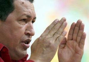 Венесуэльцы верят в возвращение Чавеса - опрос
