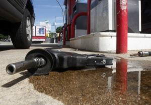 Бензин в Украине дорожал и на выходных