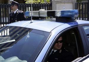 В Италии у входа в колледж прогремели два взрыва
