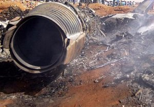 Агентство: Не менее 14 человек погибли при крушении самолета в Конго