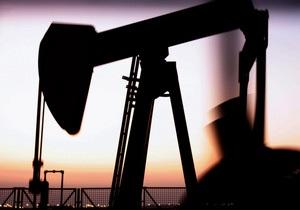 Нефть дешевеет уже четыре недели подряд