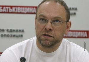 Тимошенко не могла заставить соседку писать письмо под круглосуточным видеонаблюдением - Власенко