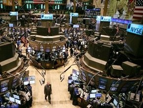 Рынки: Опасения инфляции давят на акции и поднимают нефть