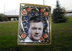 В Луганске пройдет  крестный ход  с иконой Януковича
