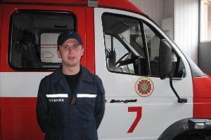 В Волынской области сотрудник МЧС спас жизнь пожилому мужчине на избирательном участке