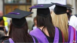 В Британии закрывают колледжи, прикрывающие нелегалов