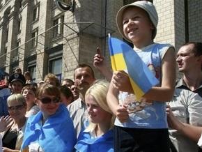На Крещатике шесть тысяч человек празднуют День Киева