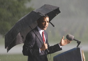 Гроза помешала Обаме выступить с речью по случаю Дня Памяти