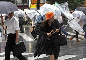 Тайфун Нисат приближается к Гонконгу. На Филиппинах растет число жертв стихии