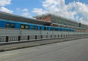 Стали известны подробности гибели женщины на станции метро Лесная