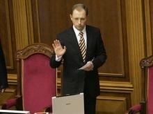 Яценюк перечислил недельную зарплату пострадавшим от паводка