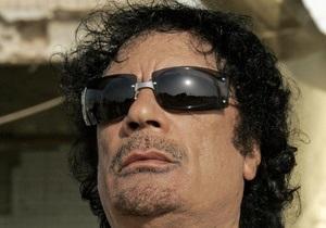 СМИ: Каддафи провел ночь в доме в центре Триполи и скрылся до прибытия спецназа