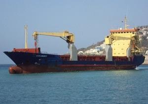 Задержанное в Финляндии судно с украинцами вышло из порта