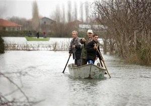 Наводнение в Албании: затоплено более 350 домов