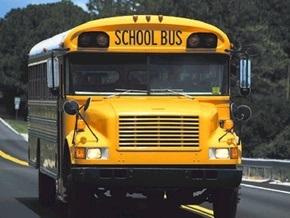 В США перевернулся автобус с учениками