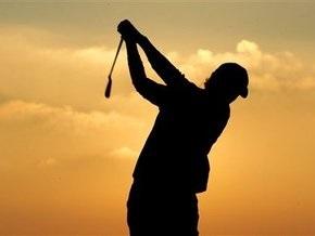 Жительница Великобритании умерла от удара мячиком для гольфа