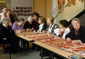 Украинская женщина стремительно стареет: ее средний возраст - 43 года