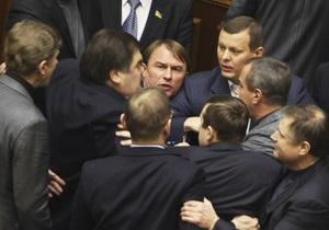 Депутаты от БЮТ и НУ-НС устроили перепалку с использованием нецензурной лексики