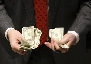 Доллар ползет вверх на межбанке