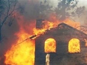 Четверо детей и взрослый погибли при пожаре жилого дома в Огайо