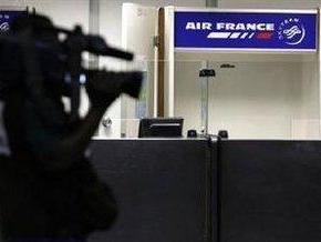 Франция и Air France не подтвердили обнаружение обломков пропавшего самолета