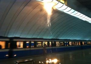 Фотогалерея: Пожар в киевском метро. Возгорание на станции Осокорки