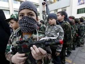 Власти Колумбии насчитали в рядах незаконных вооруженных формирований 15 тысяч детей